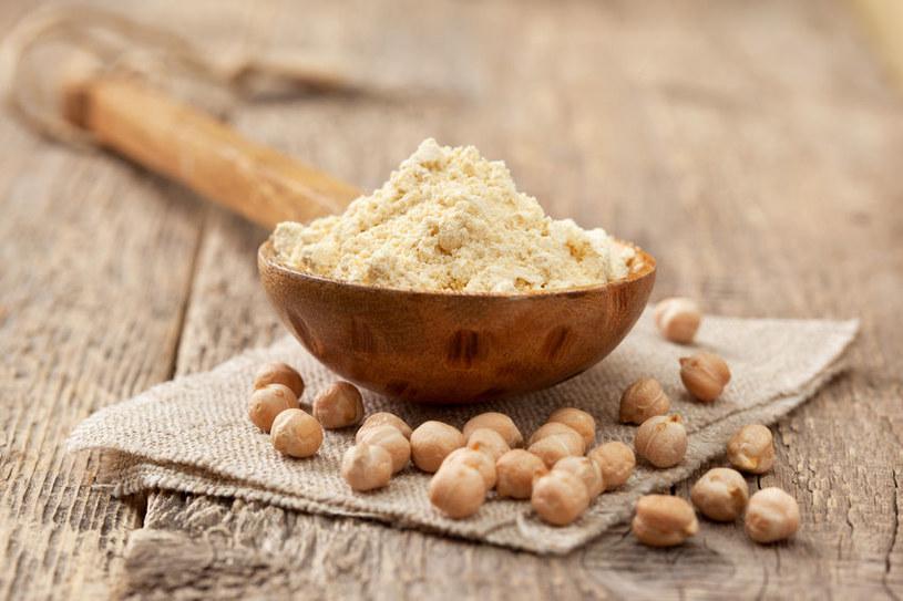 Dlaczego warto korzystać z mąki z ciecierzycy? /©123RF/PICSEL