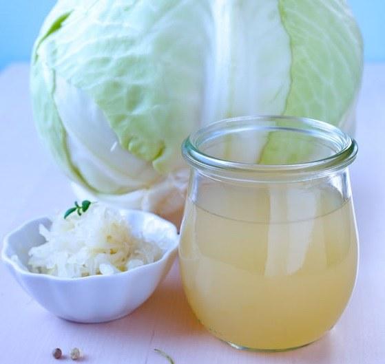 Dlaczego warto pić sok z kapusty? /©123RF/PICSEL