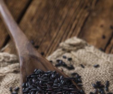 Dlaczego warto sięgnąć po czarny ryż?