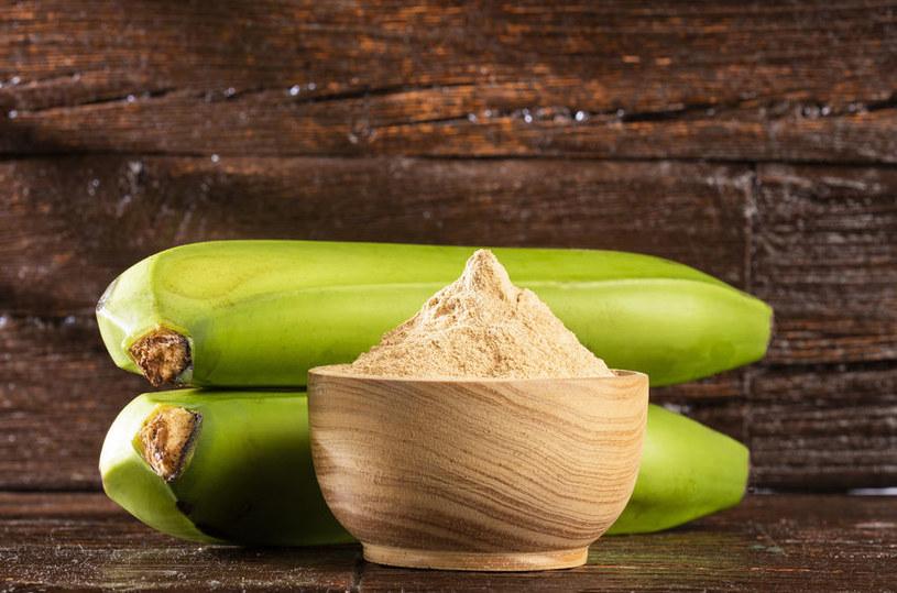 Dlaczego warto stosować mąkę bananową? /©123RF/PICSEL