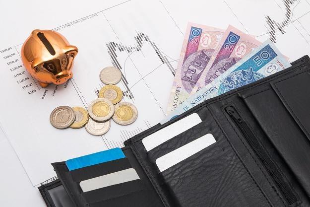 Dług sektora instytucji rządowych i samorządowych przekroczył poziom 1 biliona złotych /©123RF/PICSEL
