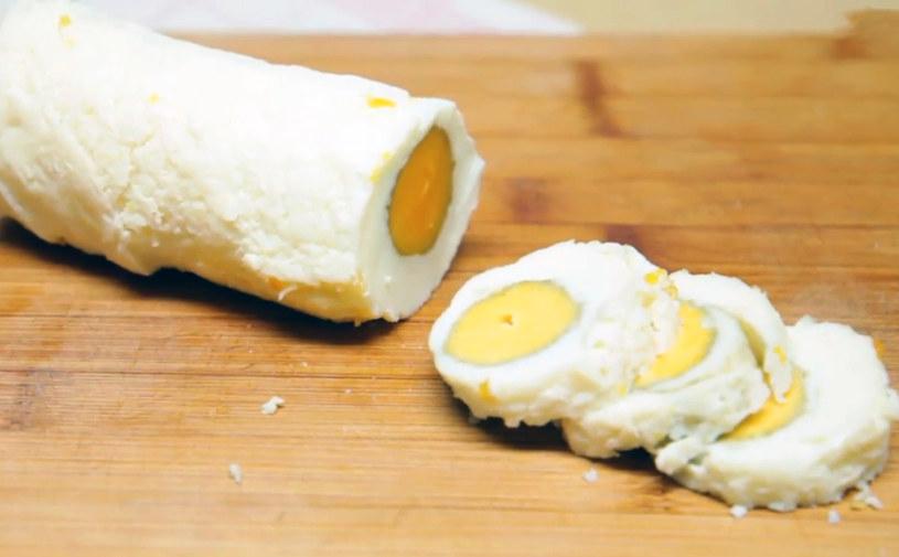 Długie jajko /INTERIA.PL