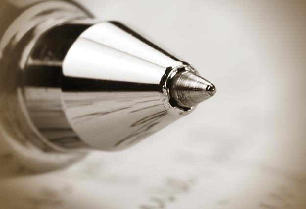 Długopis co do zasady niewiele zmienił się od wynalezienia przed II wojną światową /©123RF/PICSEL