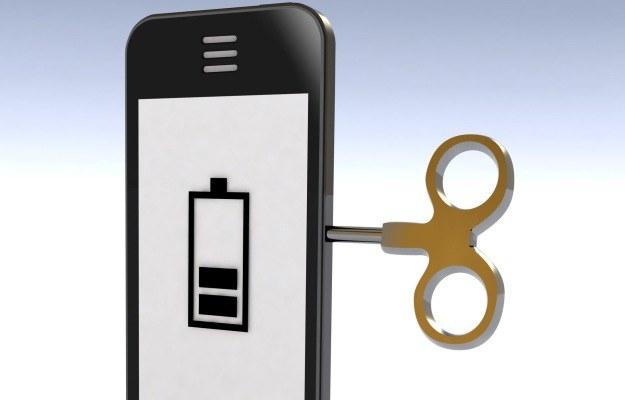 Dłużej pracująca bateria w telefonie - marzenie praktycznie każdego /123RF/PICSEL