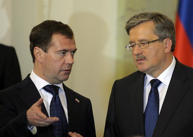Dmitrij Miedwiediew i Bronisław Komorowski /AFP