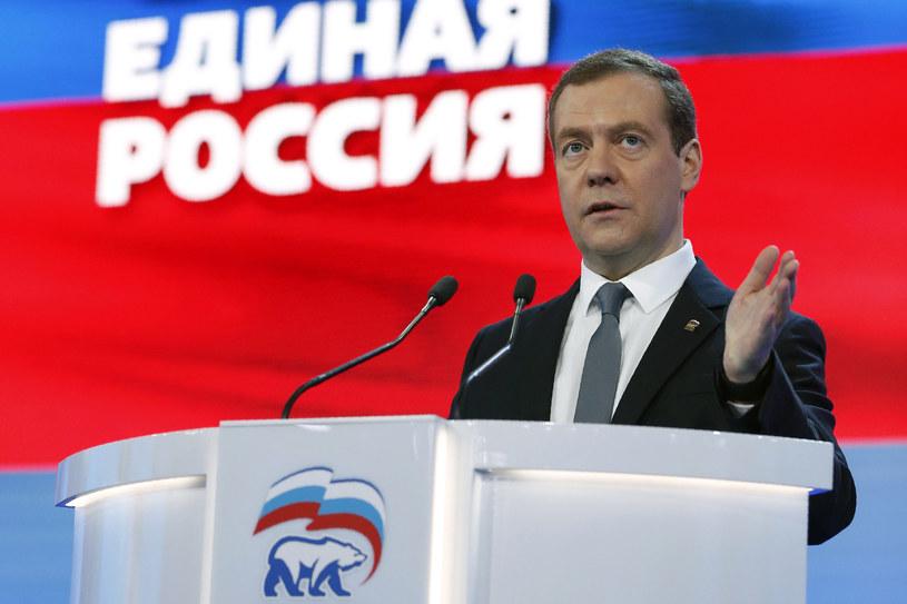 Dmitrij Miedwiediew: Nie należy mieć złudzeń co do szybkiego zniesienia sankcji /DMITRY ASTAKHOV / Sputnik / AFP /AFP