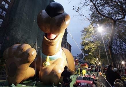 Dmuchany Scooby na ulicach Nowego Jorku /AFP