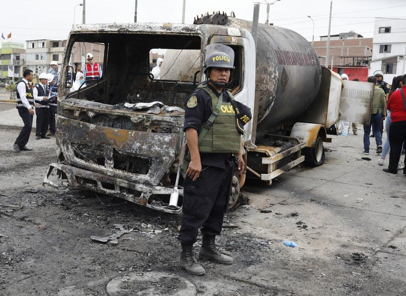 Do 30 wzrósł bilans ofiar śmiertelnych eksplozji cysterny z gazem w Limie /STRINGER /AFP