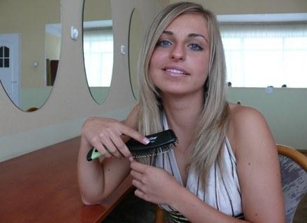 Do badania wystarczy niewielka próbka włosów fot. Tomek Piekarski /MWMedia