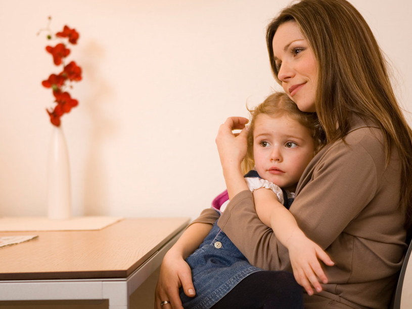 Do czasu usamodzielnienia się dziecka na obojgu rodzicach ciąży obowiązek zapewnienia mu środków na  /© Bauer
