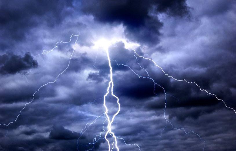 Do czwartku należy sie spodziewac burz bad południową Polską /123RF/PICSEL