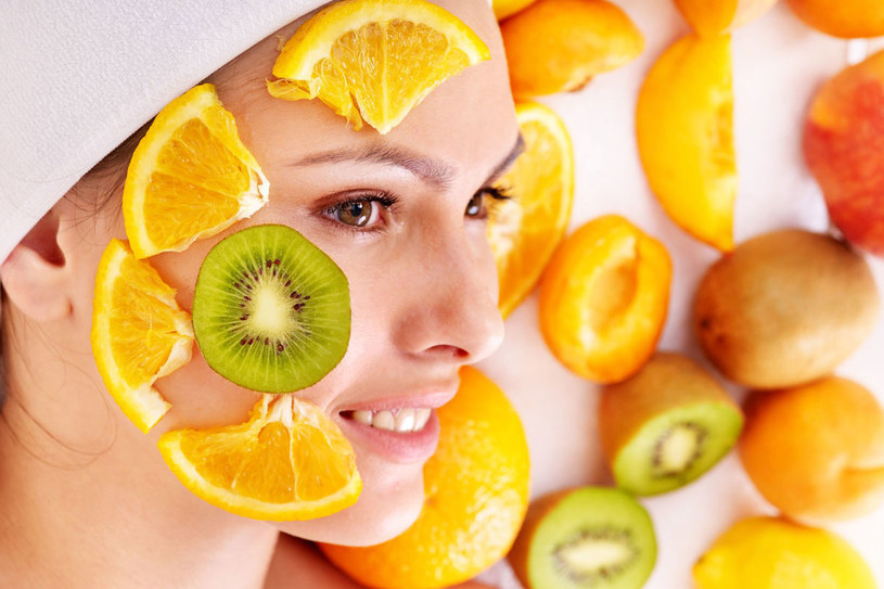 Do domowych kosmetyków używaj owoców dojrzałych /123RF/PICSEL