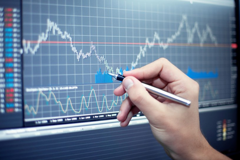 Do inwestycji w instrumenty pochodne trzeba podchodzić ze szczególną ostrożnością /123RF/PICSEL