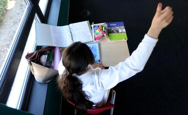 Do kiedy będą zamknięte szkoły i przedszkola? Dziś poznamy decyzję rządu