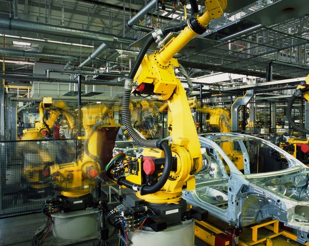 Do końca 2015 r. sektor motoryzacyjny w Polsce będzie potrzebować ok. 3 tys. inżynierów /123RF/PICSEL