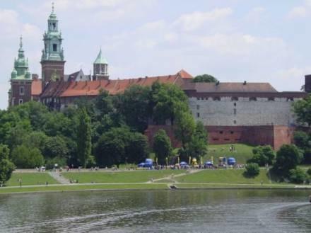 Do Krakowa przyjeżdża coraz więcej turystów /RMF