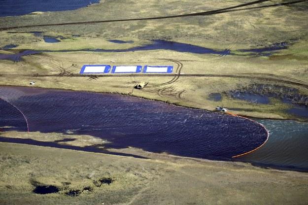 Do największego w rosyjskiej Arktyce wycieku paliwa doszło 29 maja /Kirill Kukhmar /PAP/EPA