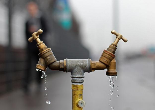 Do nieprawidłowości najczęściej dochodzi na rynku usług wodociągowo-kanalizacyjnych /AFP