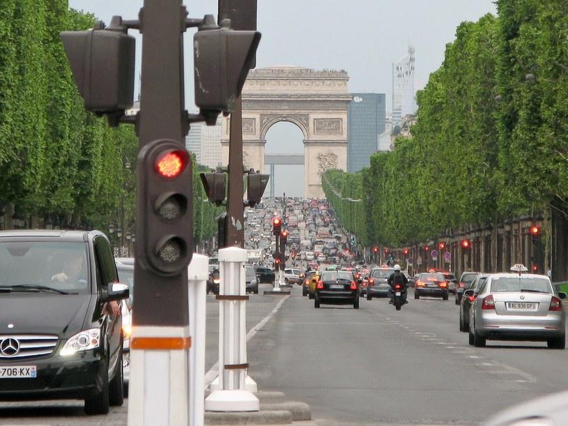 Do Paryża stare samochody nie wjadą! /Łukasz Szeląg /Reporter
