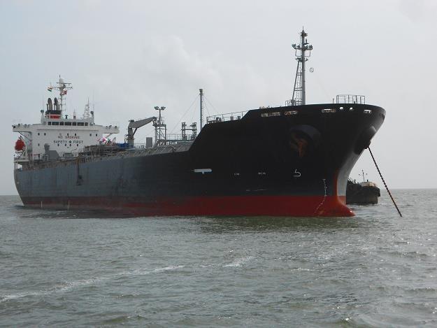 Do Polski coraz więcej ropy trafiać będzie drogą morską /©123RF/PICSEL