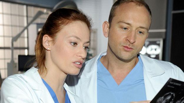 Do Polski przyjedzie Alicja (Magdalena Różczka), ale pojawi się tylko na ślubie Bosak /Agencja W. Impact