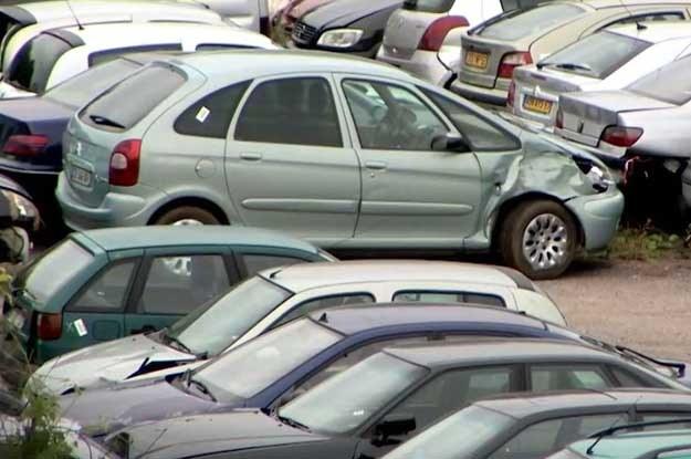 uszkodzone auta z francji