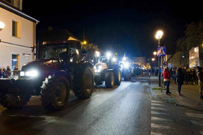 Do protestu dołączyli się rolnicy /Stanislaw Bielski /Reporter