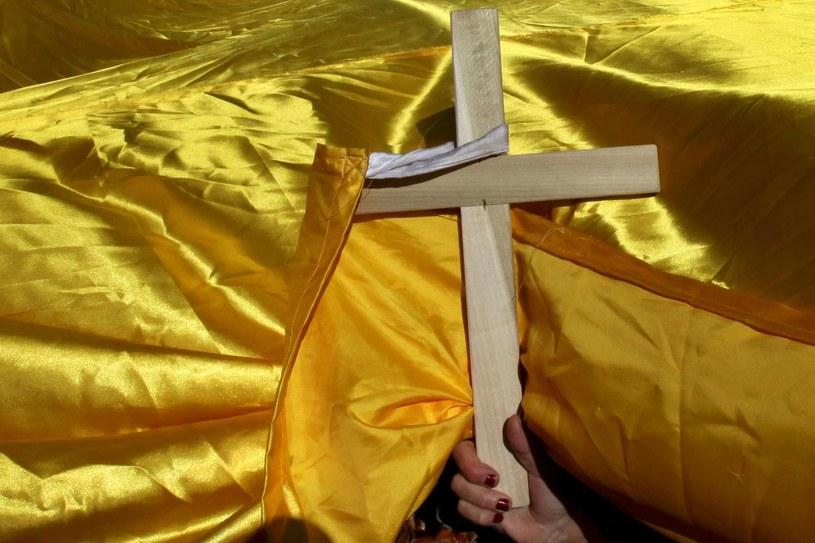 Do prześladowań i dyskryminacji chrześcijan dochodzi w 116 krajach świata /AFP