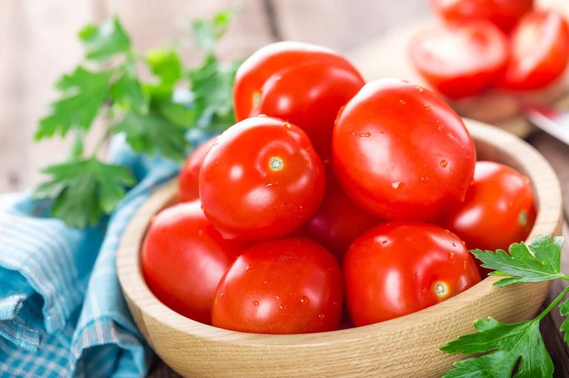 Do przygotowania potrawy wystarczą trzy składniki /123RF/PICSEL