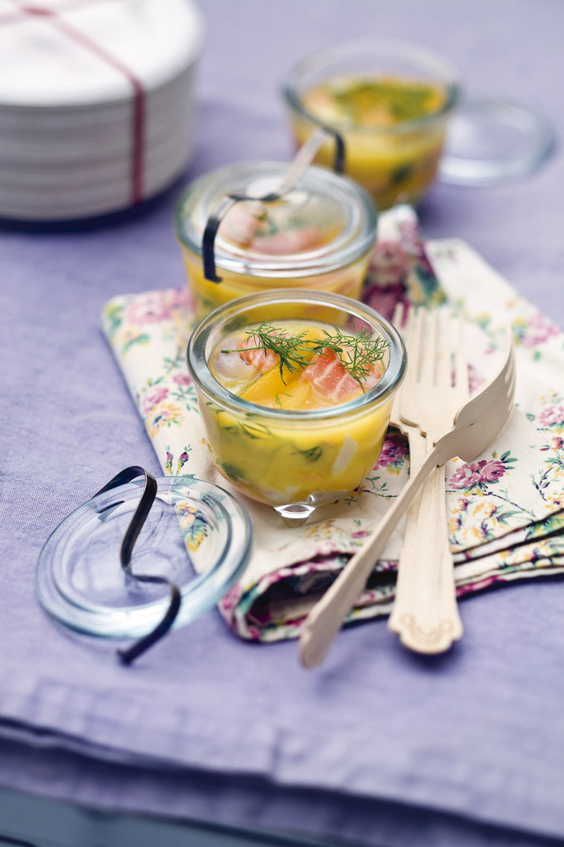 Do ryb podamy galaretkę z owoców cytrusowych  /Valerie Lhomme /Pani