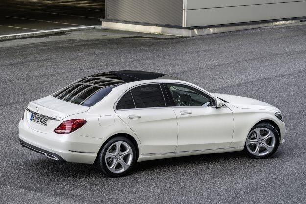 Do salonów Mercedesa wkrótce trafi nowa klasa C /