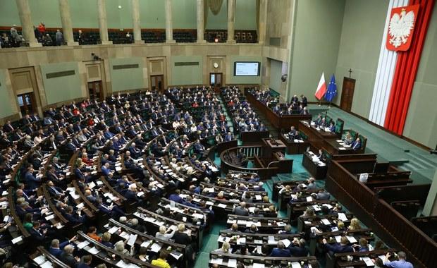 Do Sejmu wpłynął rządowy projekt ustawy ws. koronawirusa