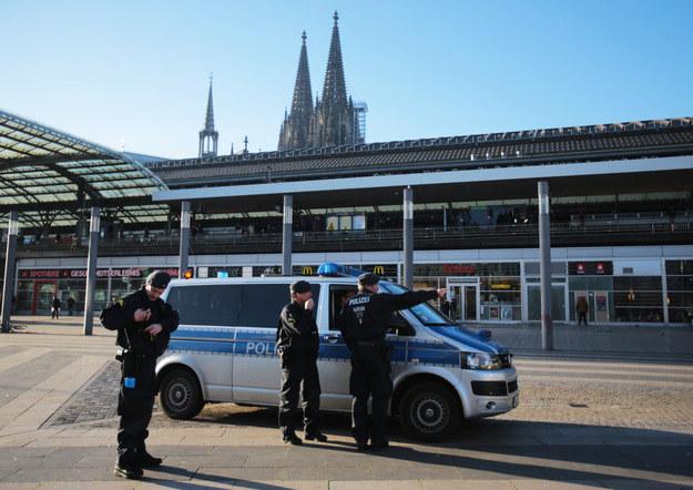 Do serii napaści na kobiety doszło w Kolonii /AFP