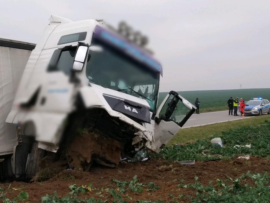 Do szpitala trafił 32-letni kierowca ciężarówki. /Bartek Paulus /RMF MAXXX
