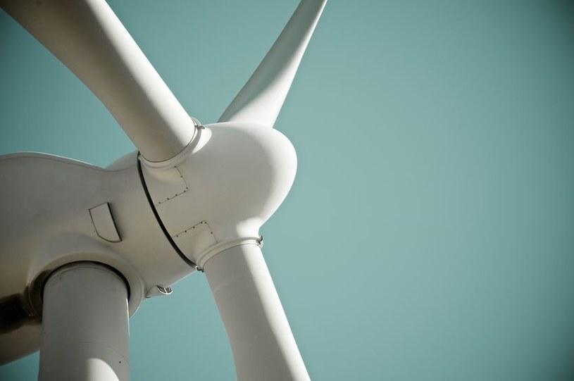 Do tej pory recykling wiatraków był trudny /123RF/PICSEL