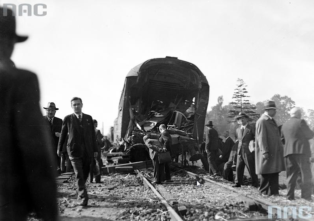 Do uniknięcia katastrofy zabrakło  kilkunastu metrów /Z archiwum Narodowego Archiwum Cyfrowego