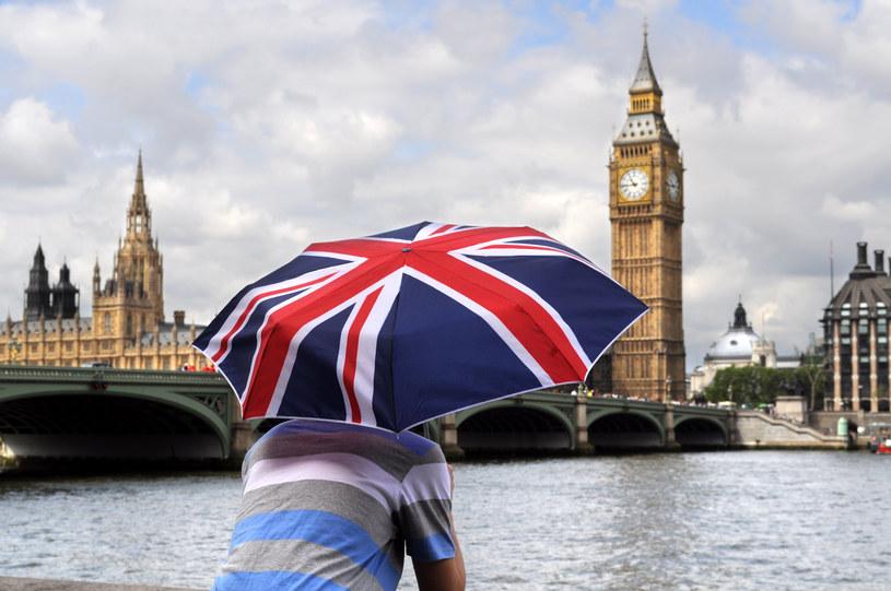 Do Wielkiej Brytanii przyjeżdża coraz mniej obywateli z państw Unii Europejskiej /123RF/PICSEL