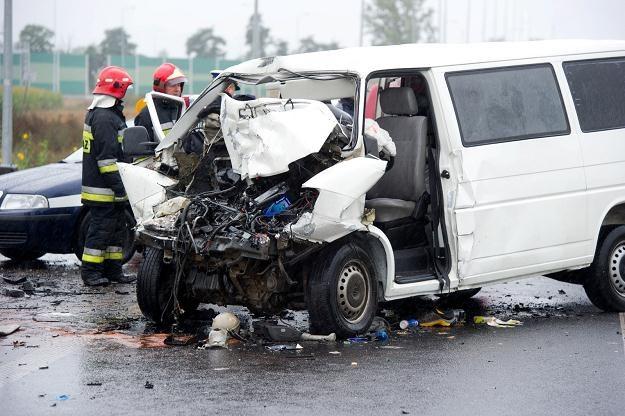 Do wypadku doszło między miejscowościami Kaszewy i Wojszyce/fot. Grzegorz Michałowski /PAP