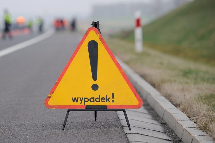 Do wypadku doszło na drodze numer 45 /Marcin Bielecki /PAP