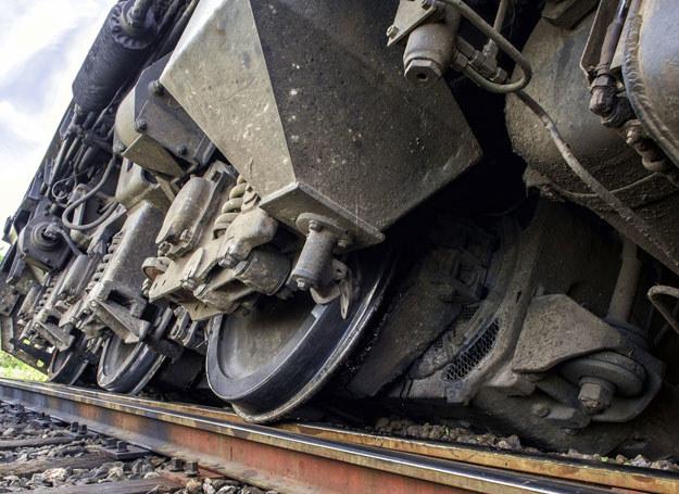 Do wypadku doszło na przejeździe kolejowycm / Zdjęcie ilustracyjne /123RF/PICSEL