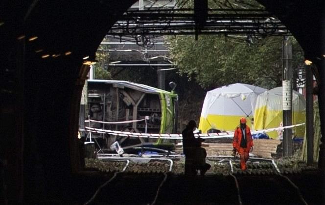 Do wypadku tramwajowego doszło w Londynie w środę /WILL OLIVER  /PAP/EPA
