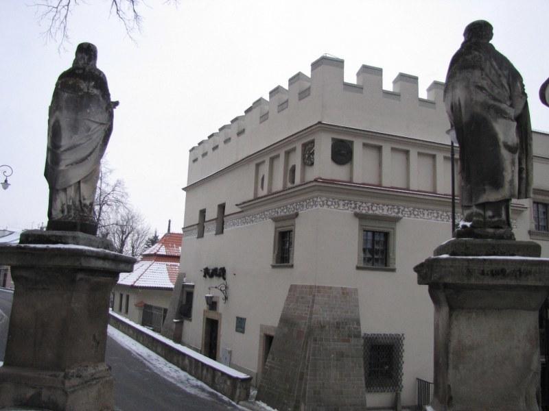 Do XVI wieku Biecz był jednym z największych miast w Polsce, otoczonym sporymi murami, z potężnymi bramami, dwoma barbakanami i kilkunastoma basztami /Maciej Pałahicki /RMF FM
