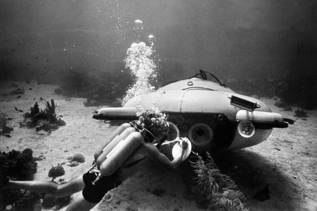 Do zainteresowania podwodnym światem znacznie przyczynił się francuski badacz mórz Jacques-Yves Cousteau /AFP