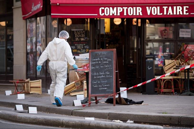 Do zamachów doszło między innymi w Paryżu /AFP