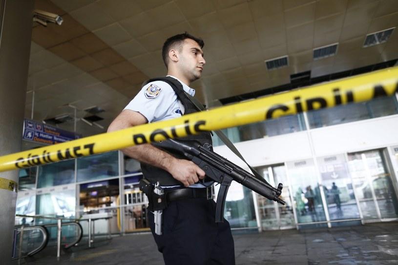 Do zamachów doszło na lotnisku w Turcji /PAP/EPA
