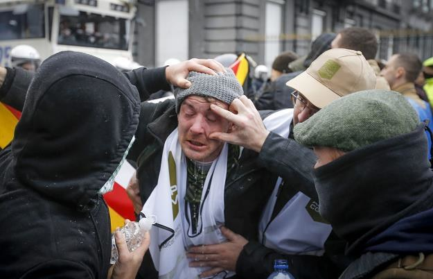 Do zamieszek i starć z policją doszło dzisiaj w Brukseli /EPA
