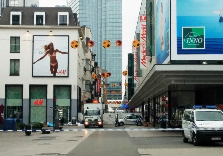 Do zatrzymania doszło przed centrum handlowym City2 w Brukceli /SEPPE KNAPEN / Belga / AFP /AFP