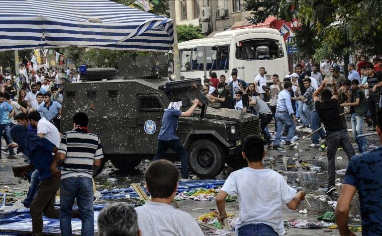 Do zdarzenia doszło w Diyarbakirze /ILYAS AKENGIN /AFP