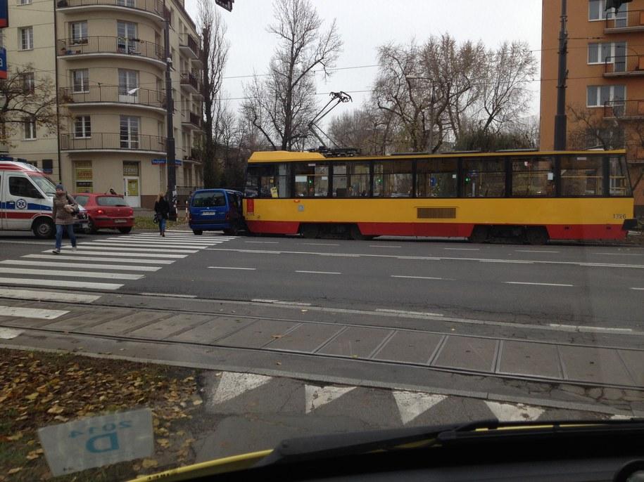 Do zderzenia doszło na skrzyżowaniu alei Waszyngtona i ulicy Międzyborskiej /Michał Dukaczewski /RMF FM