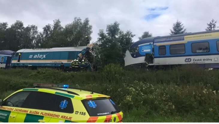 Do zderzenia pociągów doszło w środę po 8 rano /Policie ČR /materiały prasowe